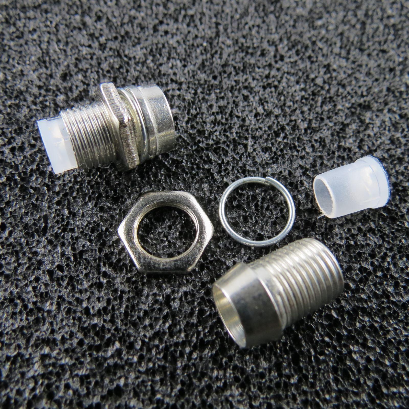 10x-LED-Schrauben-Fassung-Screw-fuer-5mm-LEDs-CHROM-Halter-LED-Schraube-Fassungen